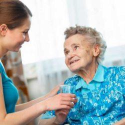 опека над пожилым человеком старше 80 лет